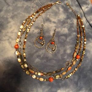 REDUCED! VINTAGE SIPADA necklace and earrings!